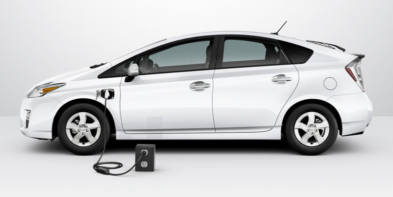 toyota-prius-plug-in-hybrid-2012-side.png