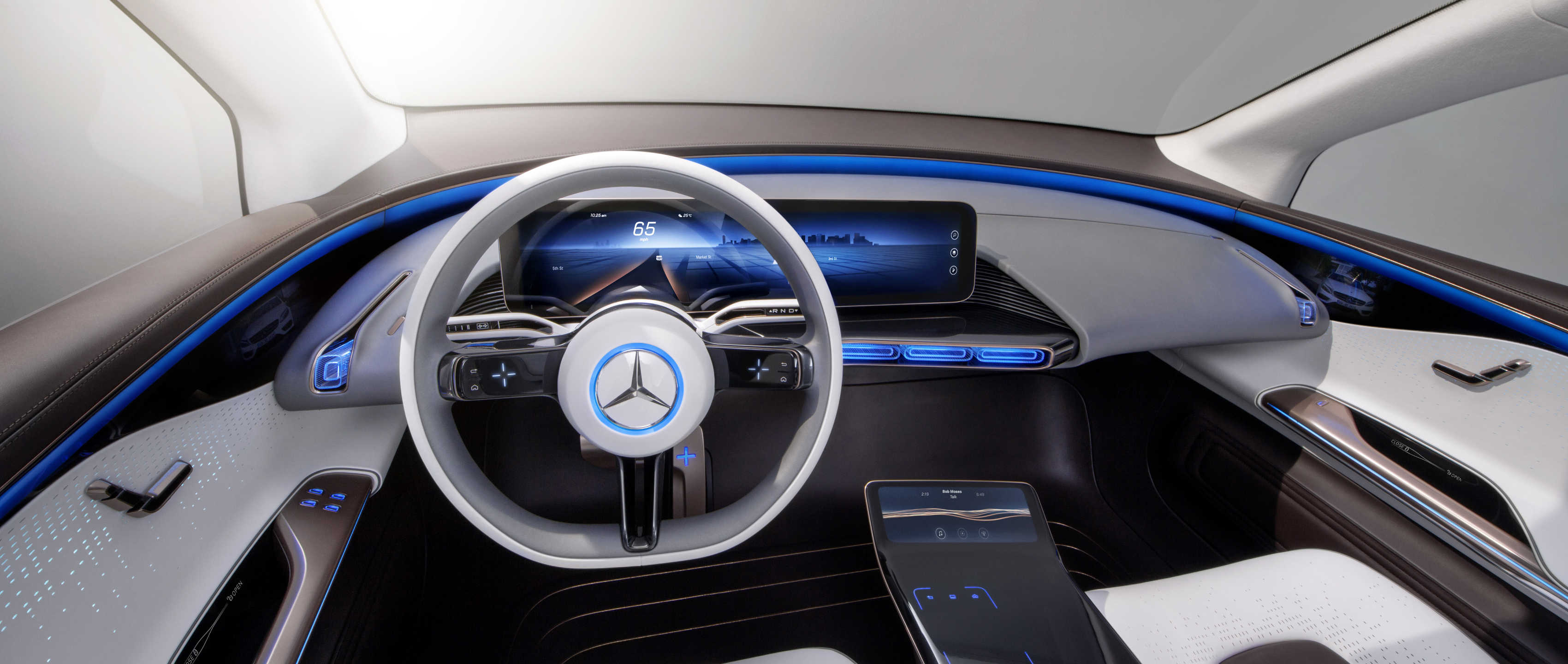 9-mercedes-benz-concept-eq-electric-mobility-3400x1440.jpg