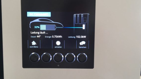 Nissan-Leaf-2019-charging-1-.jpeg